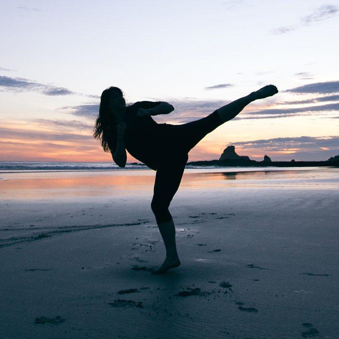 beach-kick